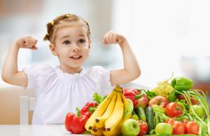 плодове-зеленчуци-момиченце